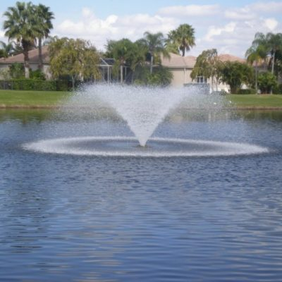 Kasco Marine 5.1VFX & 5.3VFX Floating Aerating Fountains - 5 HP - 3-1/3 Acre Ponds
